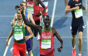 Rudisha en la prueba de 800 metros de los Juegos Paralímpicos de Río
