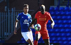 Sakho en un partido frente al Everton