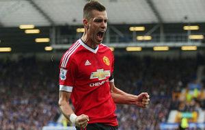 Schneiderlin celebra un gol con el United.
