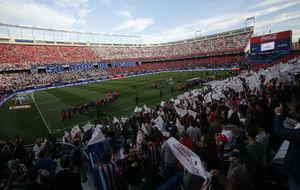 Grada del Vicente Calderón antes de un partido de Liga de esta...