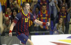 Rutenka durante un partido de Champions League con el Barcelona.