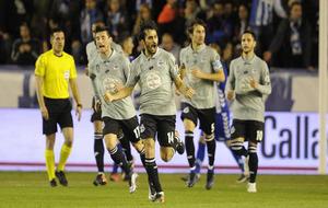 Arribas celebrando el gol que anotó contra el Alavés en Mendizorroza