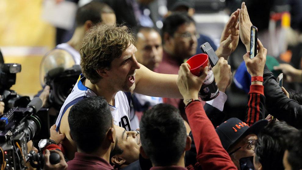 Disfruta de las mejores imágenes del partido NBA en Ciudad de México...