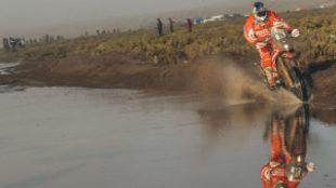 Iván Cervantes, durante una etapa del Dakar