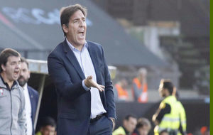 El entrenador del Celta en un partido.