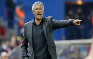 El entrenador de la UD Las Palmas en un partido contra el Atl�tico.