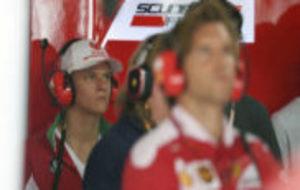 Mick Schumacher, en el box de Ferrari en el pasado Gran Premio de...