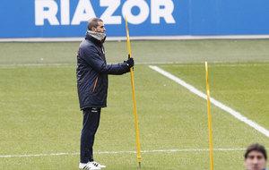 Garitano durante un entrenamiento con el Deportivo.