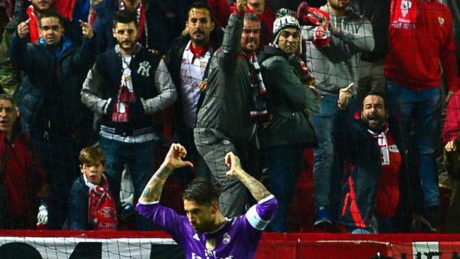 Ramos se se�ala el nombre y el dorsal en el Pizju�n