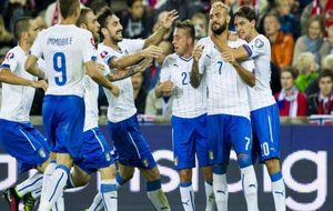 Zaza celebra un gol con la selecci�n italiana.