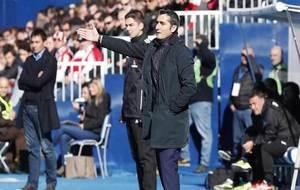 Valverde da una instrucción en Butarque.