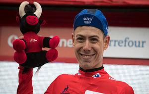 David de la Cruz, tras ganar en el Naranco y vestirse de rojo en la...