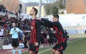 Máyor celebra con rabia el tanto del triunfo del equipo rojinegro