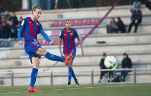 Bárbara Latorre durante un partido con el Barcelona.