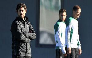 Víctor, en un entrenamiento, junto a Joaquín y Rubén