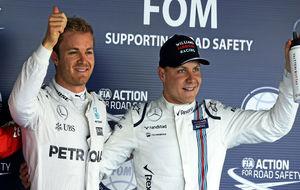 Rosberg y Bottas, durante un Gran Premio de 2016