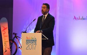 Francisco Javier Fernández, consejero de Deporte y Turismo, durante...