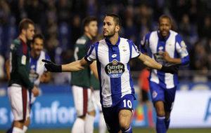 Andone celebrando un gol en un partido contra Osasuna.
