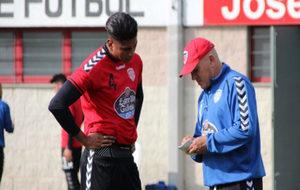 El jugador del Lugo en una sesión de entrenamiento.