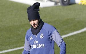 Benzema, durante un entrenamiento en Valdebebas.