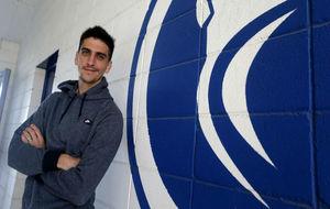 Gerard Moreno posa para MARCA en la Ciudad Deportiva.