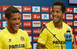 Los hermanos Dos Santos, con el Villarreal