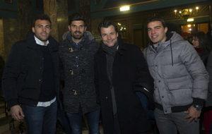 Los jugadores del Huesca posan para MARCA