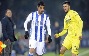 Carlos Vela durante un partido de la Real Sociedad contra el...