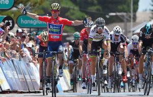 El australiano Ewan gana al esprint la etapa del Tour Down Under