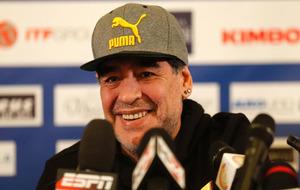Maradona durante una rueda de prensa
