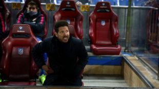 Simeone, en el banquillo del Calderón.