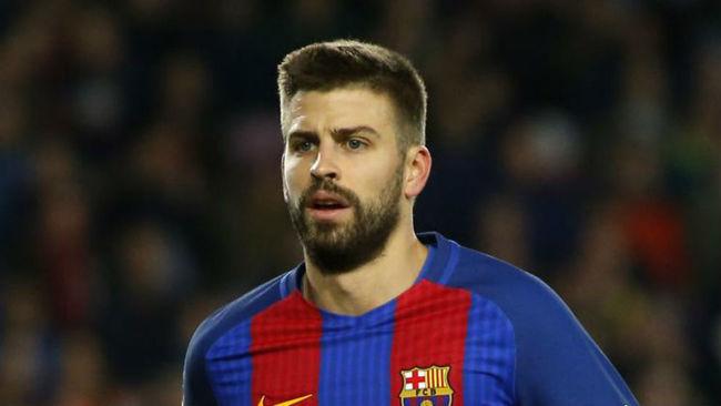 Piqué, en un partido con el Barcelona.