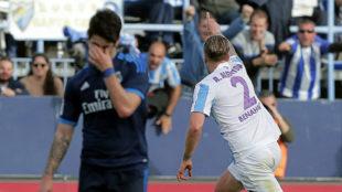 Isco se lamenta tras el gol de Albentosa en el M�laga-Madrid del a�o...