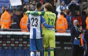 Ochoa y Diego Reyes, abrazados tras el encuentro