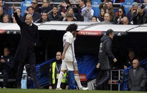 Marcelo se retira lesionado ante Zidane.