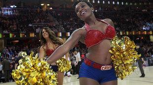 Disfruta de las mejores imágenes de la noche en la jornada NBA