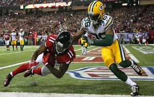 Julio Jones terminó el partido con 180 yardas y dos touchdowns.