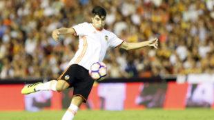 El Valencia ha encontrado un revulsivo en el canterano Carlos Soler.