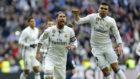 Sergio Ramos celebra uno de sus goles al M�laga.