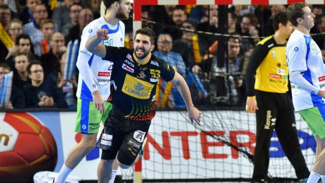 David Balaguer celebrando un gol en el partido de la primera fase...