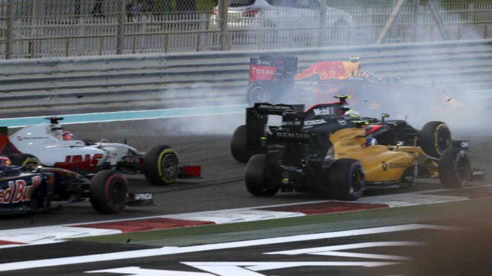 Verstappen, en un incidente en 2016.