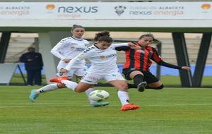 Carla Bautista en un partido frente al Sporting de Huelva