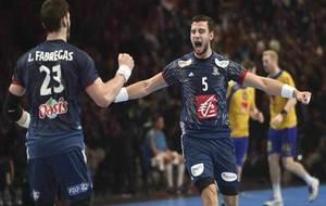 El francés Nedim Remili celebrando el gol que acababa de marcar ante...