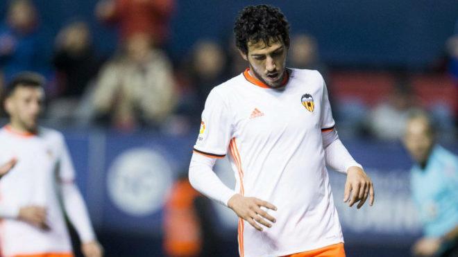 Parejo, en el partido disputado en Pamplona contra Osasuna.