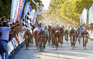 Tom Boonen gan� as� a Viviani en la segunda etapa de San Juan.