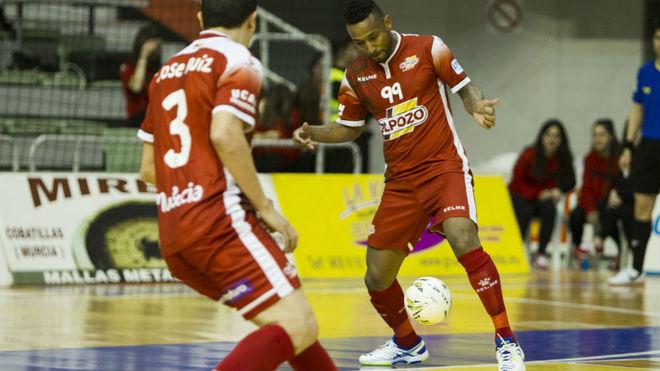Jé, durante un partido de la pasada temporada con ElPozo Murcia.