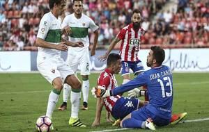 Pelegrín, Borja García y Juan Carlos, en primer término durante el...