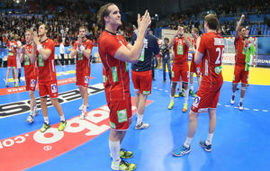 Los jugadores de Noruega celebran su pase a semifinales del Mundial.