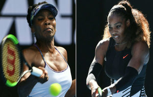 Venus y Serena Williams, durante sus encuentros en Australia