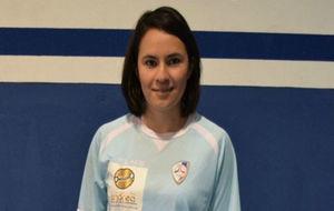 Itzel Cruz, con la camiseta del Santiago Futsal.